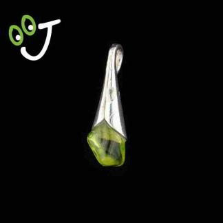 Colgante lágrima olivina - Plata- Olivinas -Joyería - Artesanía- ¡De canarias para ti!