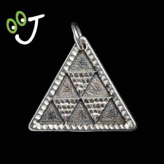 Colgante pintadera pirámide - Plata - Oro - Regalos - Joyas - ¡De Canarias para ti!